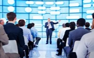 leggi in basso il materiale contenuto e gli argomenti trattati per il corso public speaking verona